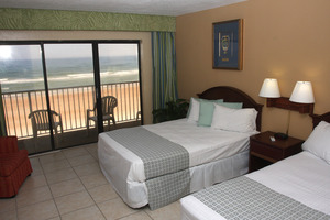 2- Room Oceanfront Suite: 4 Double Beds + Kitchen Picture 1